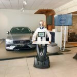 Georges le robot agnece Volvo V60 intelligent et connecté